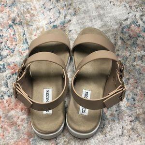Steve Madden Shoes - Steve Madden nude sandals